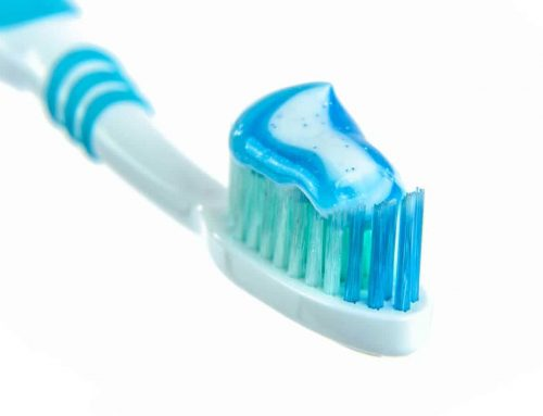 Choosing Between Manual and Electric Toothbrushes